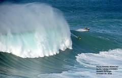 LUCAS CHUMBO / 3116HJS (Rafael Gonzlez de Riancho (Lunada) / Rafa Rianch) Tags: nazar olas waves ondas water surf surfing portugal mar sea deportes sports vagues nazare      leonardomaia