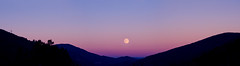 Panorama ardéchois (◄Laurent Moulin photographie►) Tags: panorama ardechois ardeche montagne mountain lune moon luna couche de soleil sunset amazing pic photography photographie couleurs colors
