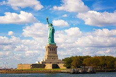 Statue of Liberty (Stuart Beards) Tags: statueofliberty manhattan liberty ladyliberty lady statue ny nyc newyorknew yorkcity nyliberty newyorkstatue nycliberty libertyisland island hudsonhudsonriver statueof lib newyorkliberty newyorkstatueofliberty libertynewyork libertynyc newyorkcity manhattanliberty