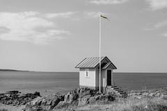 Minimal Colors (Hkan Dahlstrm) Tags: sea sky bw beach architecture photography se skne cabin village sweden cottage hut uncropped stuga f40 kattegat 2015 torekov skneln bjrehalvn bjre xe2 xf1855mmf284rlmois bstadv sek 1720082015151323