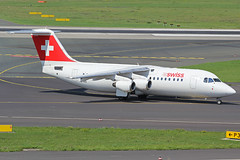 HB-IXQ (QSY on-route) Tags: dusseldorf dus eddl hbixq 21082015