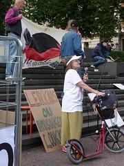 Joukkovoima_ihmistarha (satu.ylavaara) Tags: protest mielenosoitus säätytalo stopbullying 99201 joukkovoima ihmistarha stophazing vammaistenoikeudet