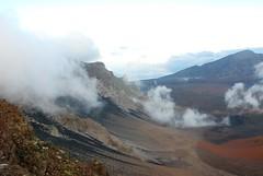11Oct1730HST Haleakala Crater Finally Visible (mahteetagong) Tags: cruise fog hawaii nikon tokina haleakala crater 1224mmf4 d80