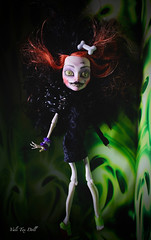 Tribute to Beetlejuice! (Vali.Tox.Doll) Tags: black monster high doll dar beetlejuice calaveras repaint skelita