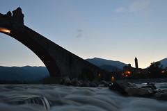 Bobbio dopo l'alluvione (mttdlp) Tags: ponte seta gobbo trebbia bobbio effetto d3200