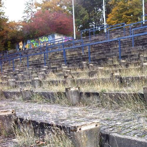 Keine Zuschauer mehr/no spectators left. #stadium...