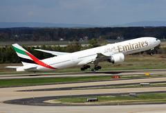 A6-EGH (JBoulin94) Tags: usa john virginia washington airport dulles iad emirates international va boeing kiad 777300er boulin a6egh