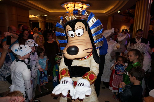 "Goofy at Mickey's Mouse-querade Party • <a style=""font-size:0.8em;"" href=""http://www.flickr.com/photos/28558260@N04/22640556677/"" target=""_blank"">View on Flickr</a>"