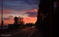Lenticolari sullo Stretto (zancle76 (Roberto Lembo)) Tags: sunset nuvole geotag clounds messina lenticolari zancle76