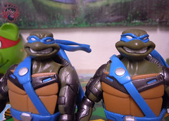 "Nickelodeon ""HISTORY OF TEENAGE MUTANT NINJA TURTLES"" FEATURING LEONARDO -  'TMNT : FAST FORWARD'  LEONARDO vi (( 2015 )) (tOkKa) Tags: 2005 toys comic 1988 2006 1993 1992 leonardo figures toysrus 2012 2007 teenagemutantninjaturtles tmnt nickelodeon 2014 2015 displaystand playmatestoys ninjaturtlesthenextmutation toysrusexclusive tmntfastforward toontmnt tmntmovie4 turtlemilkstudios eastmanandlairdsteenagemutantninjaturtles moviestartmnt varnerstudios toonleo paramountteenagemutantninjaturtles 4kidstmnt paramountsteenagemutantninjaturtles tmnt2003 historyofteenagemutantninjaturtlesfeaturingleonardo davearshawsky tmnt2014movie"