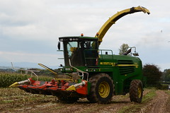 John Deere 7550 Self Propelled Forage Harvester (Shane Casey CK25) Tags: county autumn ireland winter horse irish green field self work john pull hp corn nikon traktor power cattle cows mud cut earth farm farming working harvest soil dirt crop cutting land feed farmer agriculture jd cob silage pulling contractor maize waterford deere harvester collecting tracteur trator horsepower forage fodder propelled cornonthecob harvesting trekker agri tillage tallow cignik 7550 traktori d7100 silage15 silage2015 maize2015 maize15