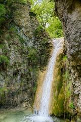 Salto de agua (Carlos M. M.) Tags: peaguara huesca pirineos agua water canon100d cascada hdr excursin hiking
