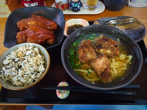 Okinawa Soba noodle southern style with boiled pork foot