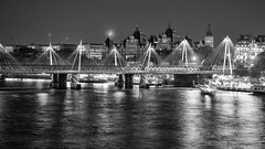 Fall asleep, drift away (OR_U) Tags: 2016 oru uk london riverthames hungerfordbridge goldenjubileebridges bridge river water monochrome bw blackandwhite blackwhite schwarzweiss city cityscape boats radiohead moon crescentmoon crescent theroyalhorseguards 169 widescreen le longexposure