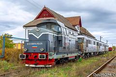 DHC 016, DA 1004, 1092 & 1340 - Sibiu Triaj (Desiro256) Tags: cfr trenuri trains 040dhc ldh1250 dhc 92 53 8000163 uic rocfr 8000168 irlu tirgu mures 6010045 6010920 6013403 lde2100 electroputere craiova sulzer convoi romania faur uzinele 23 august bucuresti marfa locomotiva diesel hidraulica motor depou remiza sibiu triaj statie gara grupa tehnica linie judet transilvania motorina schema clasica dunga magistrala 200
