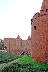 Poland-00780 - City Walls (archer10 (Dennis) 85M Views) Tags: poland warsaw sony a6300 ilce6300 18200mm 1650mm mirrorless free freepicture archer10 dennis jarvis dennisgjarvis dennisjarvis iamcanadian novascotia canada oldtown globus citywalls barbican tower entrance fortifications brick