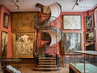Amazing Spiral Staircase - Paris