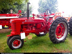 Farmall Tractor (TheTransitCamera) Tags: show tractor vintage state display antique farming fair iowa equipment restored farmall 2015