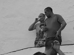 De fiesta (Landahlauts) Tags: man fiesta andalucia gastronomia hombre robado almachar ajoblanco robandoalmas stealingsouls moriscos comarcadelaaxarquia fujifilmxpro1 fiestadelajoblanco amachar almaysar tierradelosprados cuatrovillas macharalyate mansurescudero mansurabdussalamescudero