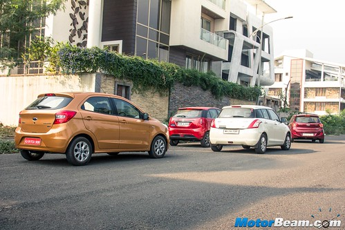 2015-Ford-Figo-vs-Maruti-Swift-vs-Hyundai-Grand-i10-vs-Tata-Bolt-11