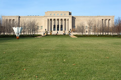 The Nelson-Atkins (Mike Dargy Photography) Tags: sculpture kansascity artmuseum shuttlecock nelsonatkinsmuseumofart