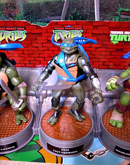 "Nickelodeon ""HISTORY OF TEENAGE MUTANT NINJA TURTLES"" FEATURING LEONARDO -  'TMNT : FAST FORWARD'  LEONARDO ii (( 2015 )) (tOkKa) Tags: 2005 toys comic 1988 2006 1993 1992 leonardo figures toysrus 2012 2007 teenagemutantninjaturtles tmnt nickelodeon 2014 2015 displaystand playmatestoys ninjaturtlesthenextmutation toysrusexclusive tmntfastforward toontmnt tmntmovie4 turtlemilkstudios eastmanandlairdsteenagemutantninjaturtles moviestartmnt varnerstudios toonleo paramountteenagemutantninjaturtles 4kidstmnt paramountsteenagemutantninjaturtles tmnt2003 historyofteenagemutantninjaturtlesfeaturingleonardo davearshawsky tmnt2014movie"