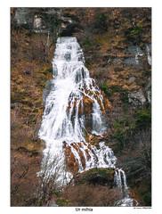 Lengua de agua (Jabi Artaraz) Tags: water río agua zb catarata ibaia euskoflickr jartaraz aguassubterráneas