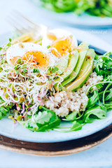 73.5 (apfff) Tags: prettybaked prettybakedpl food foodie salad fresh fit quinoa grain rucola egg avocado healthy eating cooking cook