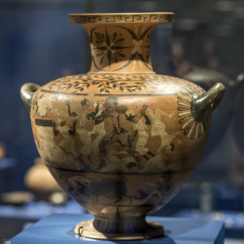 Caeretan hydria representing Herakles attacking Busiris, 1