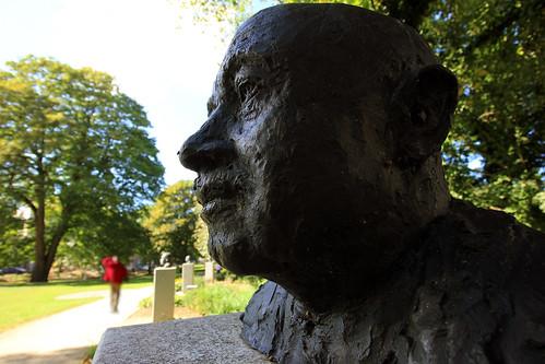 "Kieler Nobelpreisträger (02) • <a style=""font-size:0.8em;"" href=""http://www.flickr.com/photos/69570948@N04/30081268546/"" target=""_blank"">View on Flickr</a>"