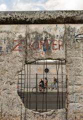 Hole in the Berlin Wall, Topographie des Terrors DSC_0332 (troy david johnston) Tags: troydavidjohnston berlin germany deutschland berlinwall westberlin eastberlin ddr wall concrete steel seperation divide topographiedesterrors hole graffiti