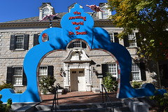 the Amazing World of Dr. Seuss archway in the Dr. Seuss National Memorial Sculpture Garden at the Quadrangle in Springfield, Massachusetts USA (RYANISLAND) Tags: massachusetts ma mas mass springfield springfieldma springfieldmassachusetts newengland drseuss howthegrinchstolechristmas thegrinch grinch catinthehat springfieldmass commonwealthofmassachusetts commonwealthmassachusetts commonwealth massachusettsan baystater massachusite massachusettsbaycolony visitnewengland us usa springfieldcity hampdencounty thecommonwealthofmassachusettsstate newenglandregion theunitedstatesofamerica northamerica autumn fall fallfoliage foliage leaves outdoors