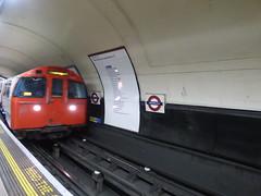 Waterloo Underground Station - Bakerloo Line (ell brown) Tags: london greaterlondon england unitedkingdom greatbritain underground tube thetube londonunderground lambeth waterloo londonwaterloo londonwaterloostation waterlooundergroundstation sign bakerlooline waterloostation