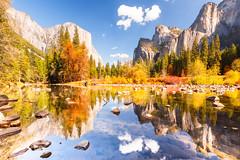 Yosemite Valley in Fall (Loïc Lagarde) Tags: canoneos5dmarkiii unitedstatesofamerica yosemitenationalpark landsape