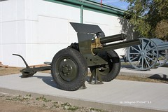 75mm M1917 (British) Field Gun (Gerald (Wayne) Prout) Tags: 75mmm1917britishfieldgun 75mm m1917 british field gun display canadian forces base shilo home royal regiment artillery located manitoba canada prout geraldwayneprout canon canoneos40d canadianforcesbaseshilo royalregimentofcanadianartillery