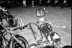 Chrome (waex99) Tags: 2016 35mm 52 90mm clark m6 octobre quay singapore summaron elmarit film street motor bike motorbike moto mirror analog group facebook sg shoot let