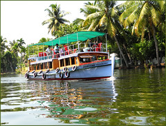 Ferry on the Backwaters (miguel IV) Tags: backwaters kerala