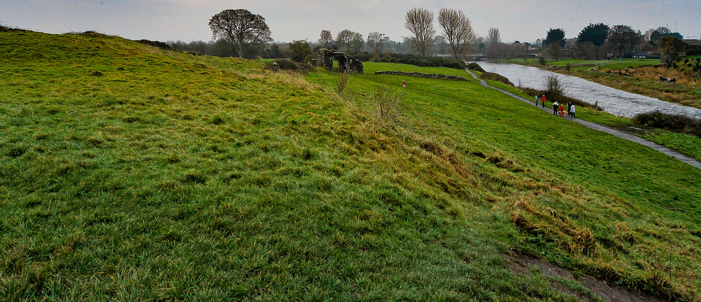 TRIM CASTLE AND NEARBY [COUNTY MEATH]-123610