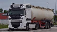 D - Dietsch Logistik DAF XF 105.460 SSC (BonsaiTruck) Tags: spitzer dietsch daf xf 105 lkw lastwagen lastzug silozug truck trucks lorry lorries camion silo bulk citerne powdertank