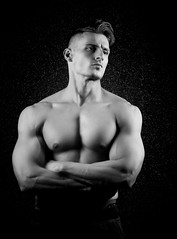 Fitness-1 (dandrasphoto) Tags: andras deak vagyim avakov muscle izom er strong force fekete fehr black white blackandwhite portr portrait fitness workout canon 1d mkiv mk4