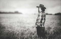 Cowboy girl (Wojtek Piatek) Tags: portrait woman girl smile hat barley shirt zeiss model cowboy wheat sony flash country straw jeans flannel hay portret lumberjack matte trigger offcameraflash a99