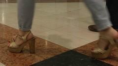 Street feet (334) (I Love Feet & Shoes) Tags: street sexy feet stockings pie shoes highheels sandals tights lingerie heels ps huf hoof bas pieds mules pantyhose schuhe casco piedi meias medias scarpe sandalias chaussures sapatos sandlias zapatillas sandalen  sandales  sabot sandali  strmpfe    calcanhares  fse