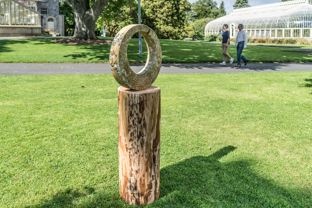 SCULPTURE IN CONTEXT 2015 AT THE NATIONAL BOTANIC GARDENS [UNOFFICIAL PREVIEW] REF-107342