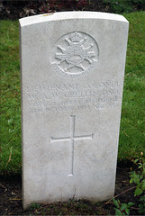 W.A.W. Crellin, Sherwood Foresters, 1918, War Grave, Lijssenthoek (PaulHP) Tags: ww1 world war one great headstone grave belgium cwgc waw william anderson watson crellin lieutenant colonel 8th october 1918 sherwood foresters notts derby regt regiment 15th bn battalion dso distinguished service order bar lijssenthoek cemetery john christian sophia valerie myrtle hill ramsay isle man ballachurry andreas military