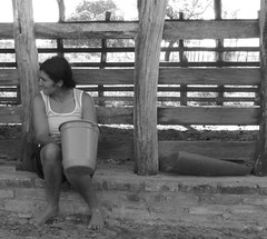 Labuta 2 (Luzia Santtos) Tags: woman farm mulher pb pretoebranco roa serto blackorwhite