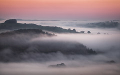 Ullswater Cloud Inversion (Vemsteroo) Tags: autumn mist nature beautiful beauty fog sunrise canon landscape dawn warm lakedistrict cumbria 5d serene colourful tranquil 70200mm ullswater mkiii circularpolariser cloudinversion visitengland leefilters visitbritain