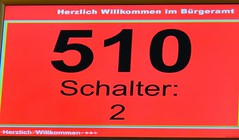 Innen herrscht die digitale Welt ● Bürgeramt Tübingen (eagle1effi) Tags: sx60 powershot canon tübingen photos bestof bridgecamera eagle1effi württemberg sx60hs sx60best photo damncool beste caonon sx 60 hs