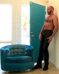 IMG_4918 (danimaniacs) Tags: shirtless hairy man hot sexy beard colorful palmsprings bald hunk stud scruff mansolo
