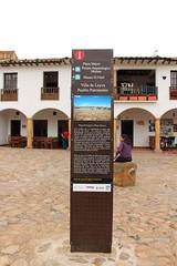 "Información en la Plaza Mayor • <a style=""font-size:0.8em;"" href=""http://www.flickr.com/photos/78328875@N05/23744546946/"" target=""_blank"">View on Flickr</a>"