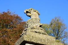 Eagle statue (stevekeiretsu) Tags: uk england wiltshire stourhead sculpture